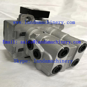 Hitachi Excavator Parts PPC Pilot Valve Travel Foot Control 9169583